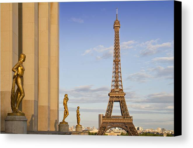 Historic Canvas Print featuring the photograph Eiffel Tower Paris Trocadero by Melanie Viola