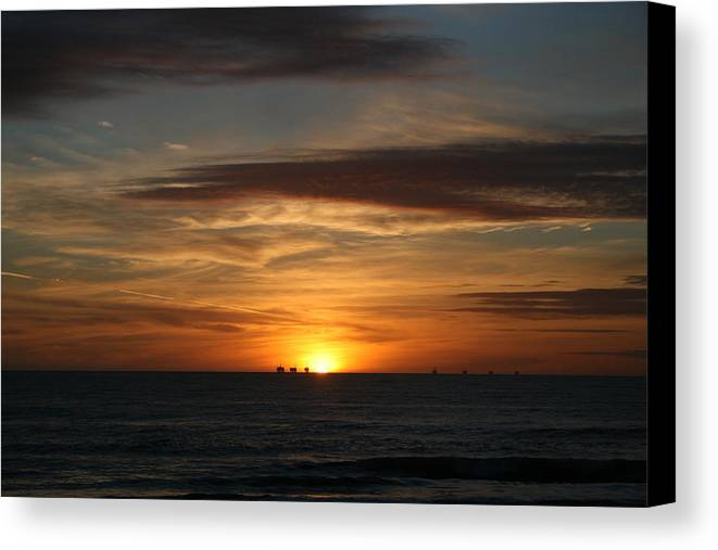 Sky Canvas Print featuring the photograph End Of Day by Greg Caldwell