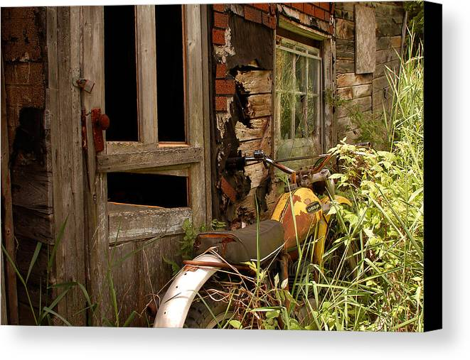 Old Buildings Canvas Print featuring the photograph Forgotten by Linda McRae