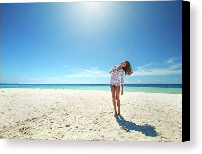 Girl Canvas Print featuring the photograph Girl Under The Sunshine by Mikhail Efimov