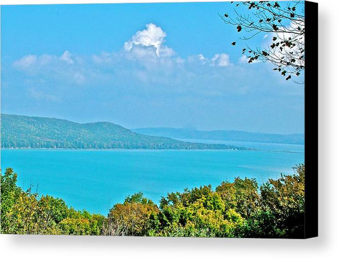 Glen Lake From Pierce Stocking Overlook In Sleeping Bear Dunes National Lakeshore Canvas Print featuring the photograph Glen Lake From Pierce Stocking Overlook In Sleeping Bear Dunes National Lakeshore-michigan by Ruth Hager