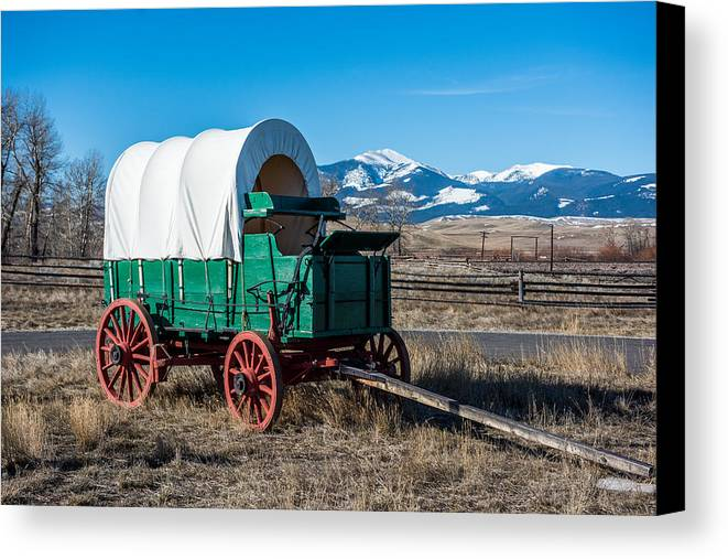 Green Covered Wagon Canvas Print featuring the photograph Green Covered Wagon by Paul Freidlund