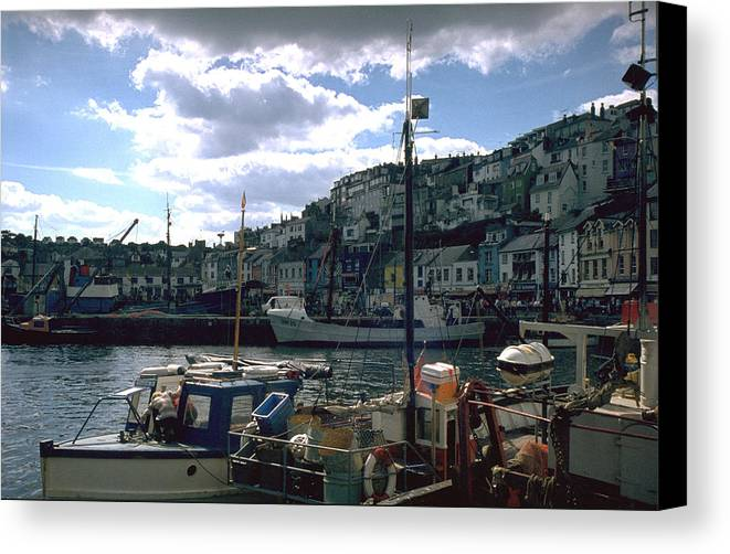 Great Britain Canvas Print featuring the photograph Harbor II by Flavia Westerwelle