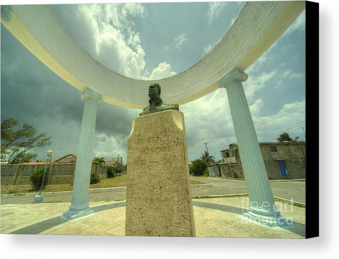 Ernest Canvas Print featuring the photograph Hemingway Memorial by Rob Hawkins