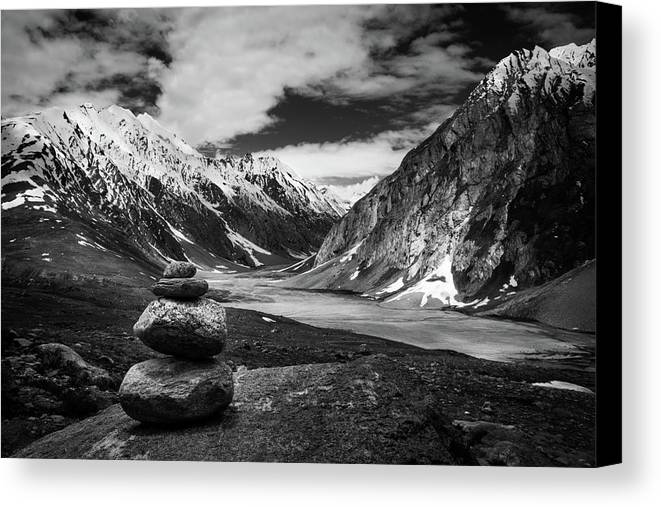 Landscape Canvas Print featuring the photograph Himalaya by Siddhartha De