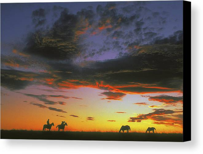Cowboys Canvas Print featuring the photograph Home On The Range by Carl Purcell
