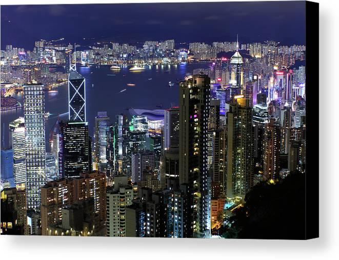 Horizontal Canvas Print featuring the photograph Hong Kong At Night by Leung Cho Pan