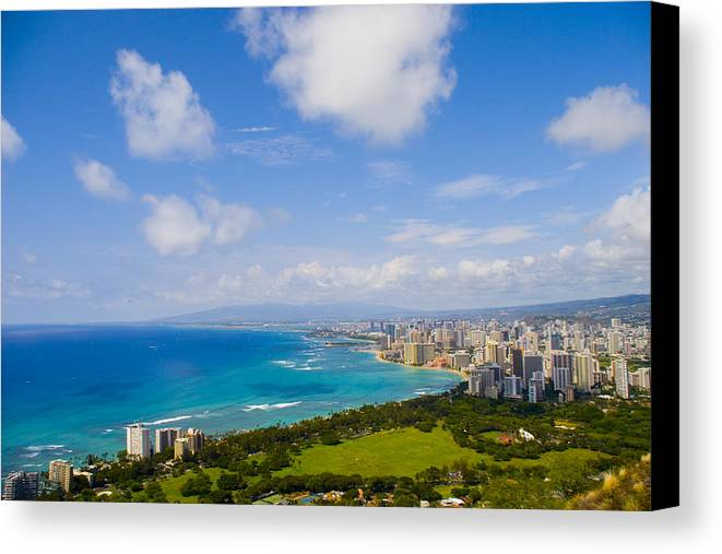 Landscape Canvas Print featuring the photograph Honolulu by Wes Shinn