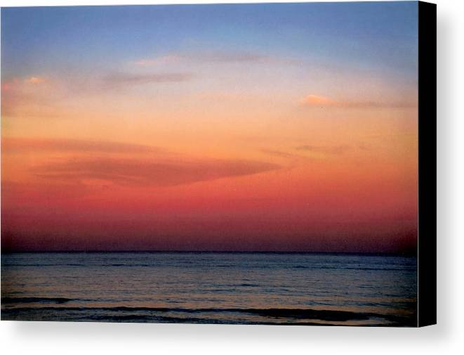 Landscape Canvas Print featuring the photograph Horizontal Number 1 by Sandra Gottlieb