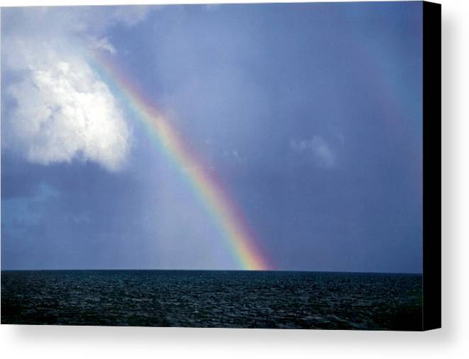 Landscape Canvas Print featuring the photograph Horizontal Number 13 by Sandra Gottlieb