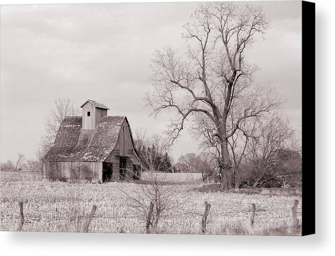 Iowa Canvas Print featuring the photograph Iowa Farm by Jame Hayes
