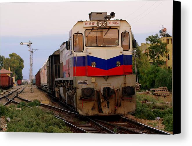 Train Canvas Print featuring the photograph Last Train Home by Don Prioleau