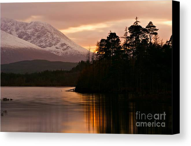 Loch Lochy Canvas Print featuring the photograph Loch Lochy by David Bleeker