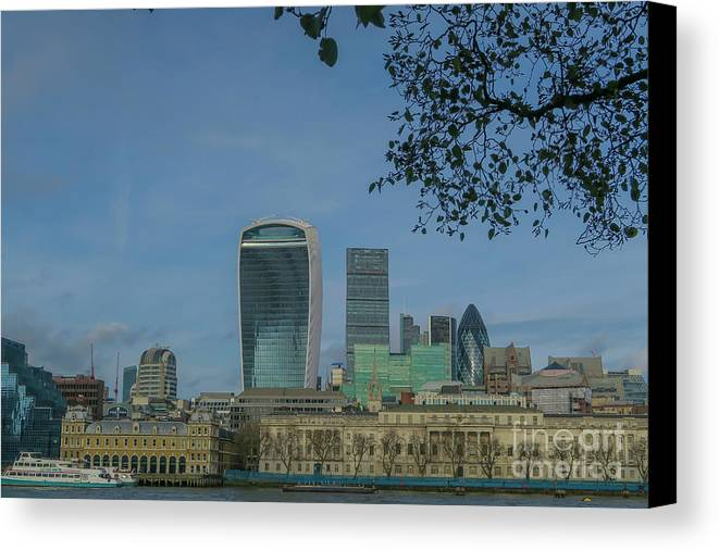 London Canvas Print featuring the photograph London City by Arild Lilleboe