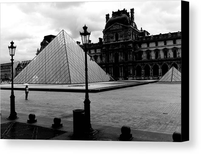 Louvre Museum Canvas Print featuring the photograph Louvre Museum by Win Naing