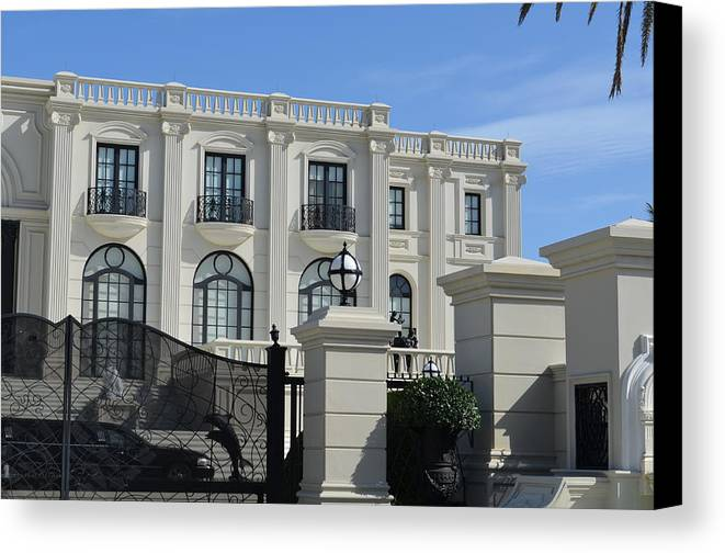 Mansion Canvas Print featuring the photograph Mansion At The Beach by Edgar Soto