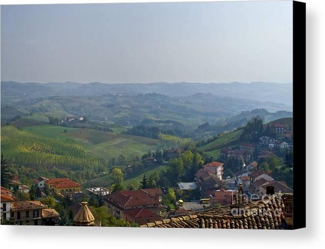 Landscape Canvas Print featuring the photograph Monforte - Regione Peimonte by Carl Jackson
