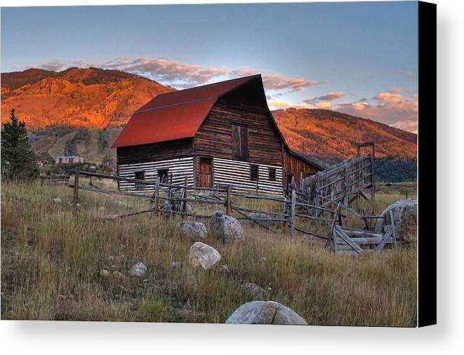 Barn Canvas Print featuring the photograph More Barn Steamboat by David Ross