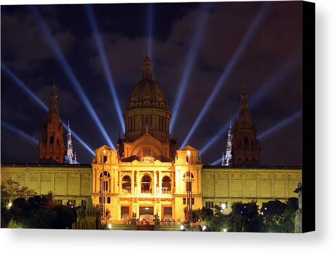 Palace Canvas Print featuring the photograph Night At The Palace by Jason Hochman
