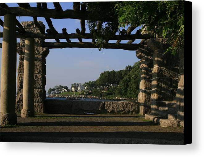 Motgan Memorial Park Canvas Print featuring the photograph Pergola by Christopher Kirby