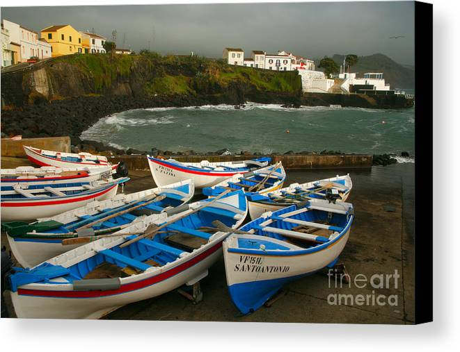 Coastal Canvas Print featuring the photograph Porto Dos Carneiros by Gaspar Avila