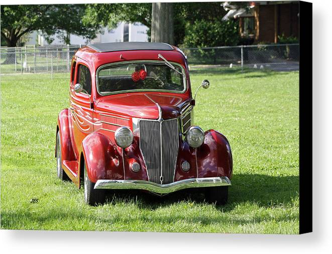 Canvas Print featuring the photograph Red Rod by Jim Simms
