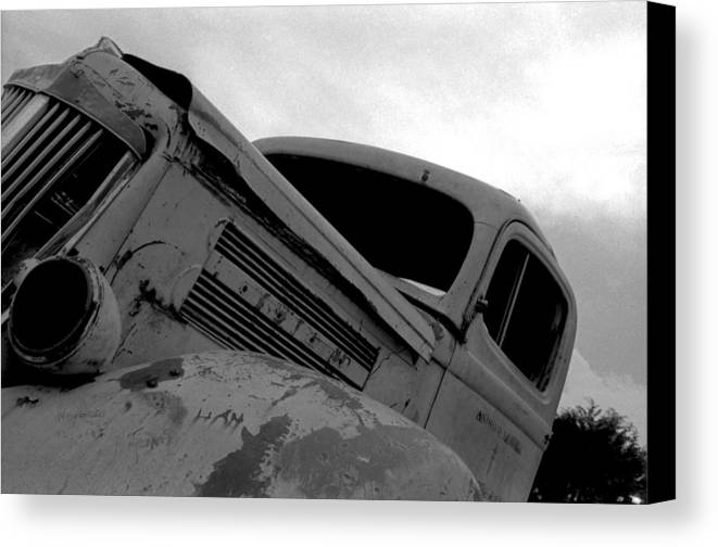 Old Canvas Print featuring the photograph Rusty Car by Johnny Aguirre