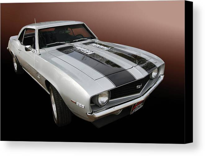 69 Canvas Print featuring the photograph S S Camaro by Bill Dutting