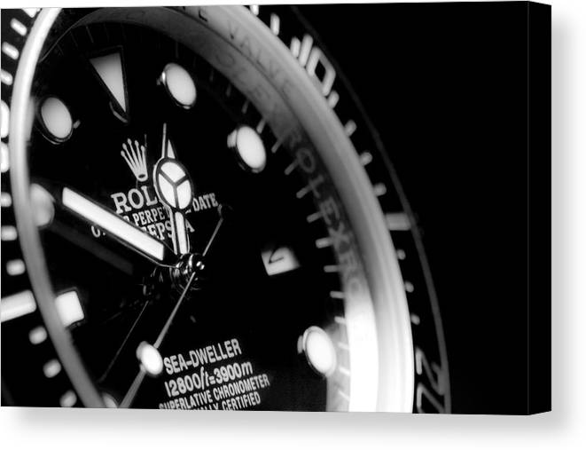 Bezel Canvas Print featuring the photograph Sea Dweller by SR Green