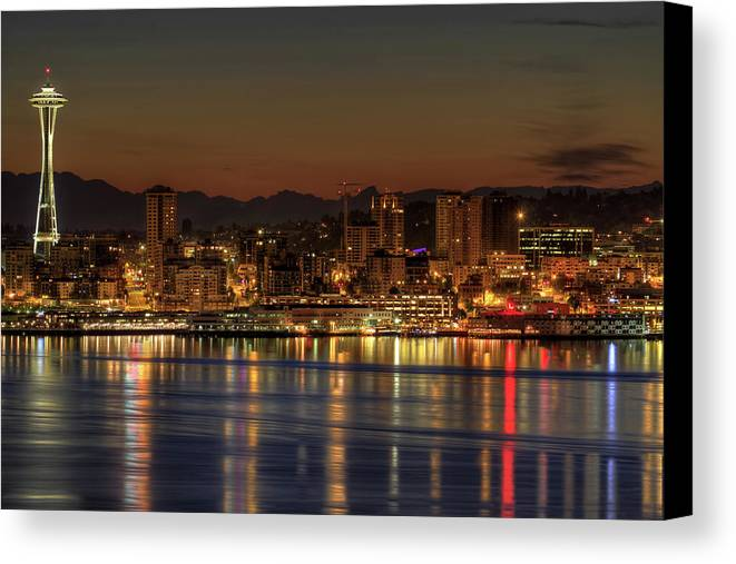 Horizontal Canvas Print featuring the photograph Seattle Downtown Skyline From Alki Beach Dawn by David Gn Photography