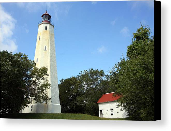 Lighthouse Canvas Print featuring the photograph Serving Tall by Mary Haber