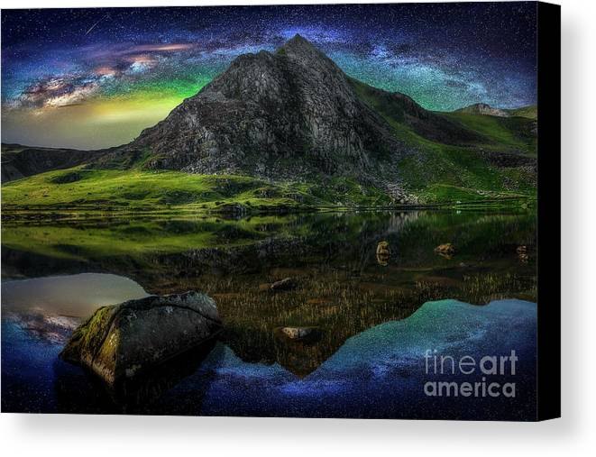 Tryfan Mountain Canvas Print featuring the photograph Sky Full Of Stars by Adrian Evans