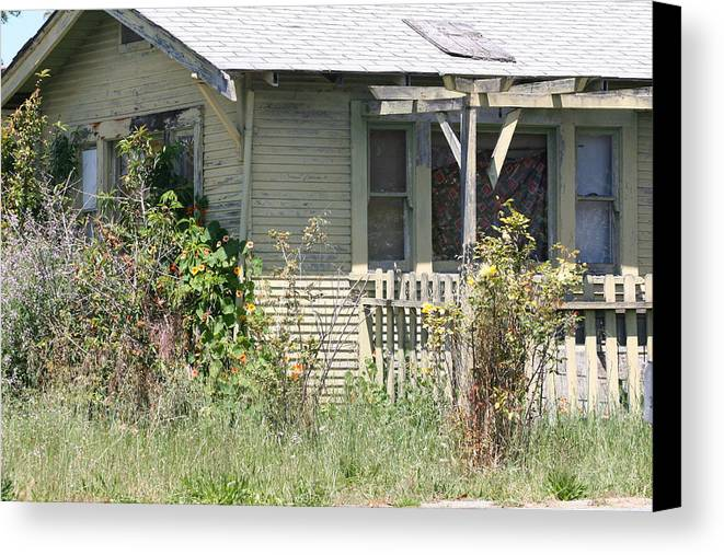 House Canvas Print featuring the photograph Someone's Home by Wendi Curtis