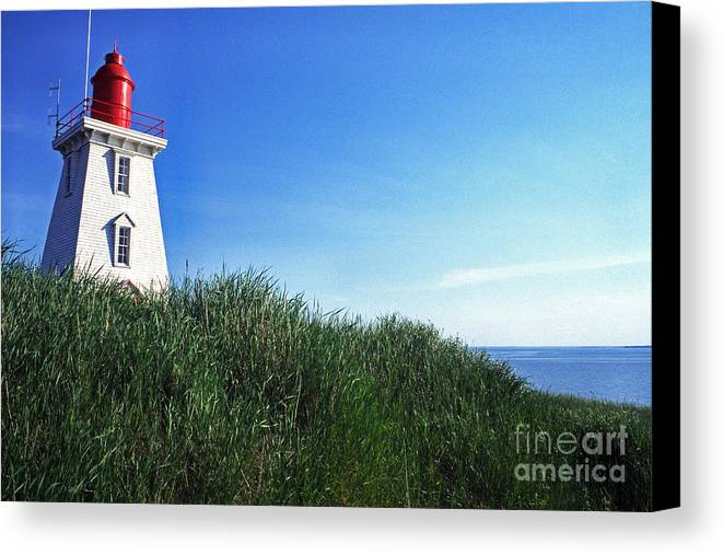 Souris Lightstation Canvas Print featuring the photograph Souris Lightstation Prince Edward Island by Thomas R Fletcher