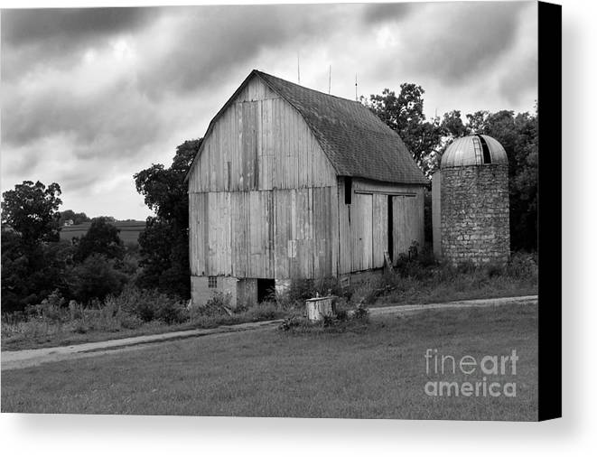 Barn Canvas Print featuring the photograph Stormy Barn by Perry Webster