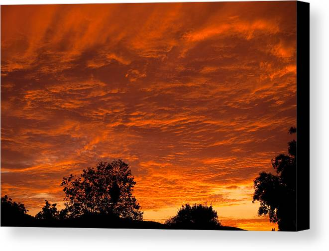 Sunset Canvas Print featuring the photograph Sunset Over Simi by Charles Ridgway
