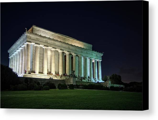 Lincoln Memorial Canvas Print featuring the photograph The Lincoln Memorial At Night by Greg Mimbs