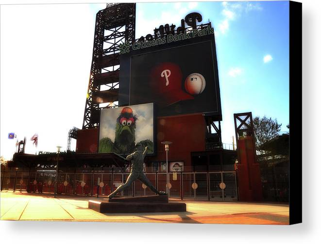 Sports Canvas Print featuring the photograph The Phillies - Steve Carlton by Bill Cannon