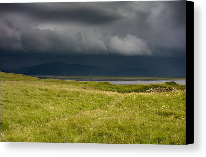 Dyrh�laey Canvas Print featuring the photograph Towards Vatnajokull by Claudio Bergero