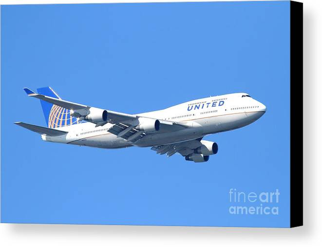 Transportation Canvas Print featuring the photograph United Airlines Boeing 747 . 7d7850 by Wingsdomain Art and Photography