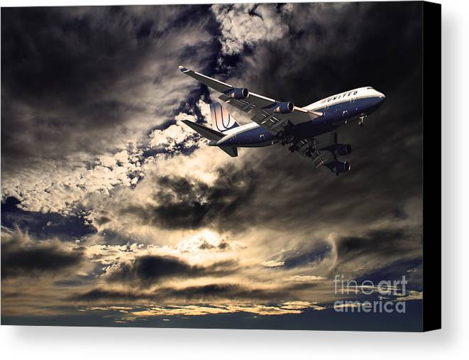Transportation Canvas Print featuring the photograph United Airlines . Flying The Friendly Skies by Wingsdomain Art and Photography