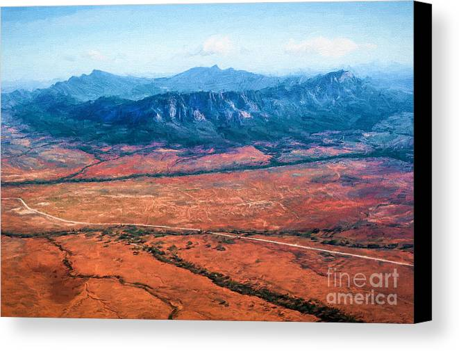 Outback Canvas Print featuring the photograph Wilpena Pound Eh by Ray Warren