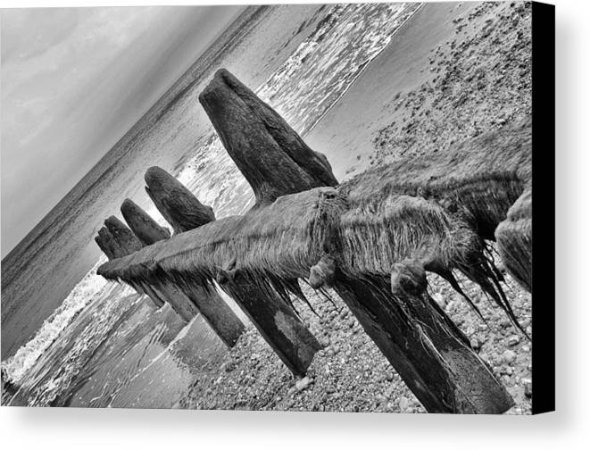 Winchelsea Canvas Print featuring the photograph Winchelsea Beach Sussex by Chris Pickett