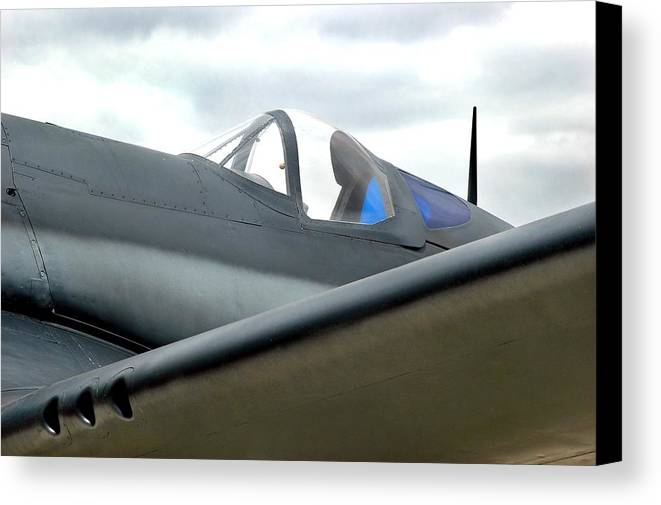 Airplane Canvas Print featuring the photograph Wing by Dan Holm