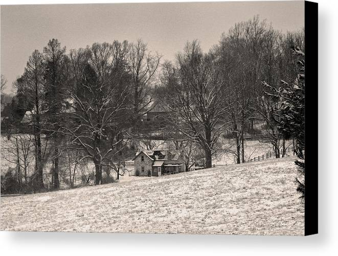 Southern Chester County Canvas Print featuring the photograph Winter Morning by Gordon Beck