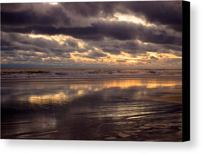 Landscapes Canvas Print featuring the photograph Wispy Waves by Jennifer Owen