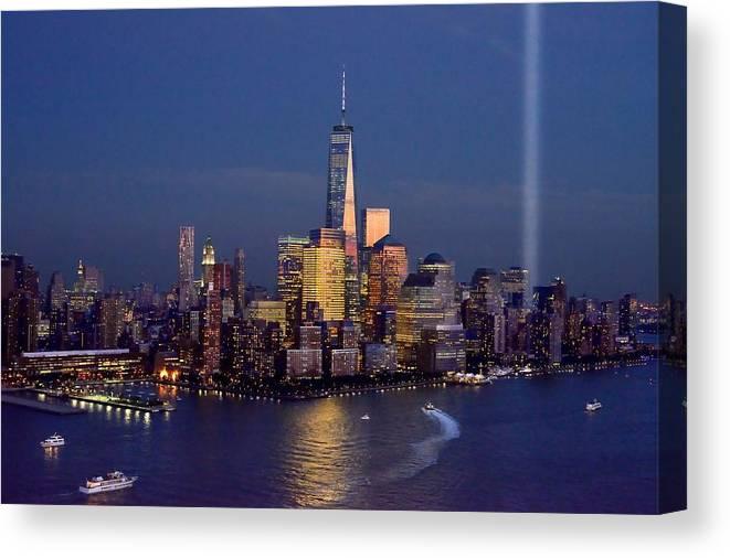 new york city tribute in lights world trade center wtc manhattan nyc
