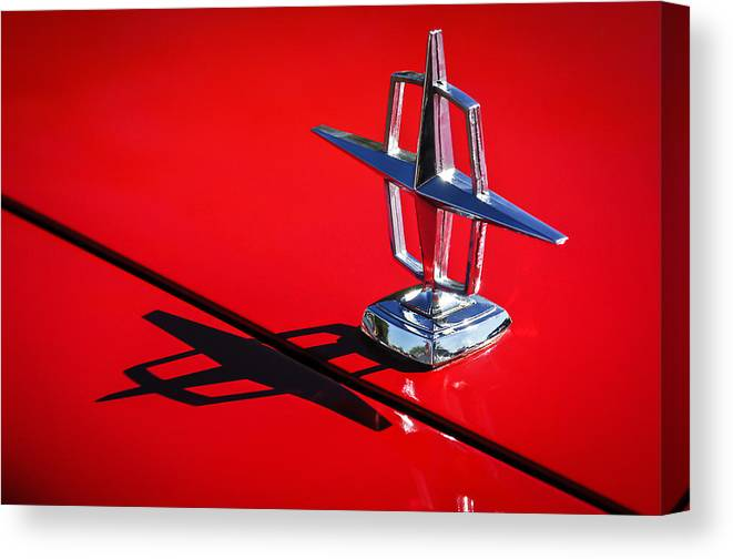 1967 Lincoln Continental Hood Ornament Canvas Print featuring the photograph 1967 Lincoln Continental Hood Ornament -1204c by Jill Reger