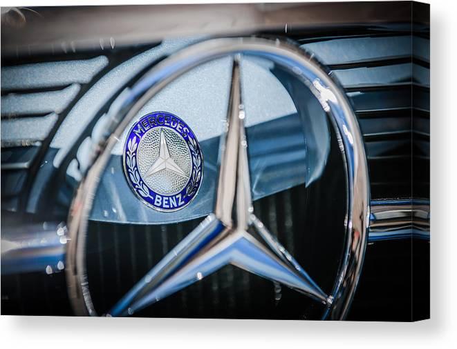 1968 Mercedes-benz 280 Sl Roadster Emblem Canvas Print featuring the photograph 1968 Mercedes-benz 280 Sl Roadster Emblem -0919c by Jill Reger