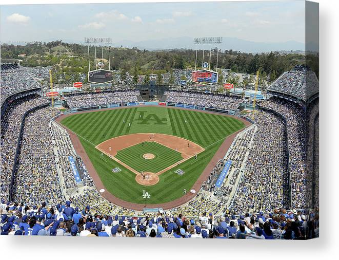 American League Baseball Canvas Print featuring the photograph San Francisco Giants V Los Angeles by Harry How